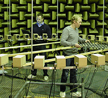 Research in the anechoic chamber (Photo: Jørgen Rasmussen)
