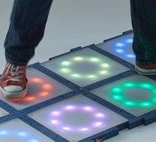 Electronic modular tiles (Photo: DTU Elektro)